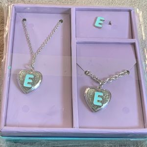Justice Shaky Box Jewelry Set Locket Initial E